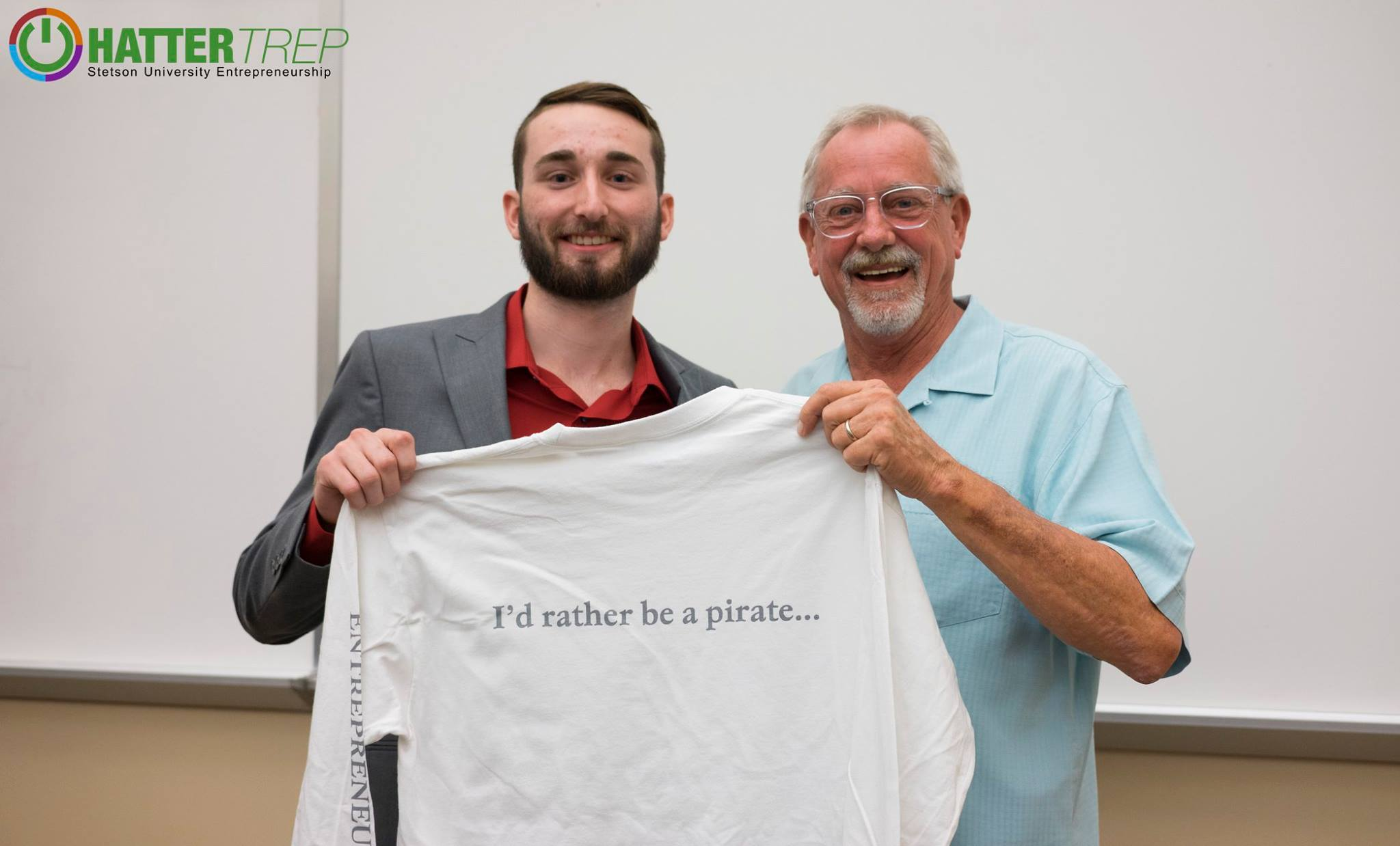 Luke receiving first prize at Stetson's Fall business pitch competition