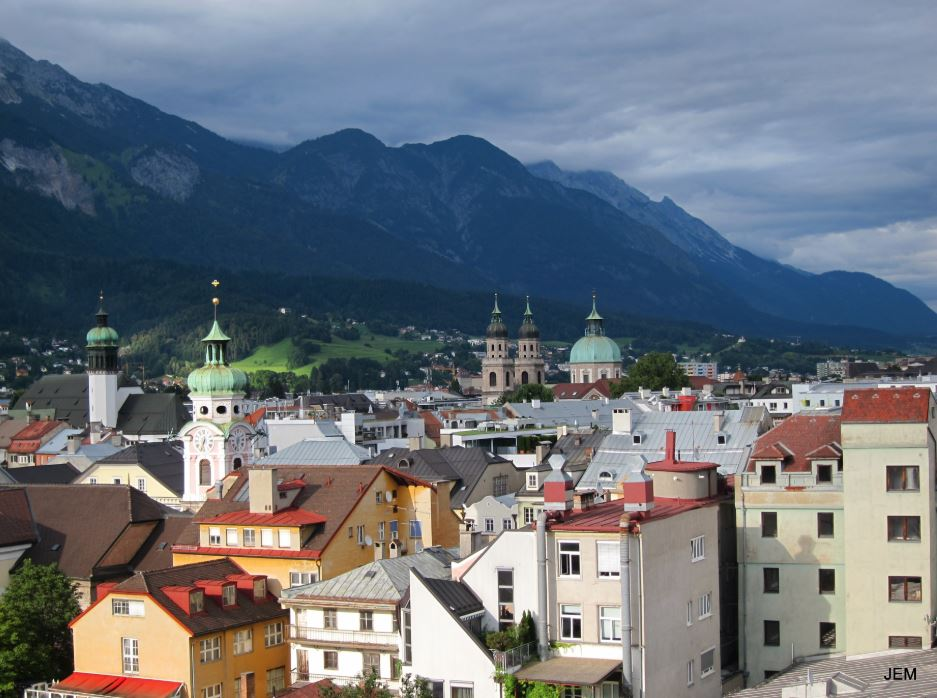media/Innsbruck 360 view.JPG
