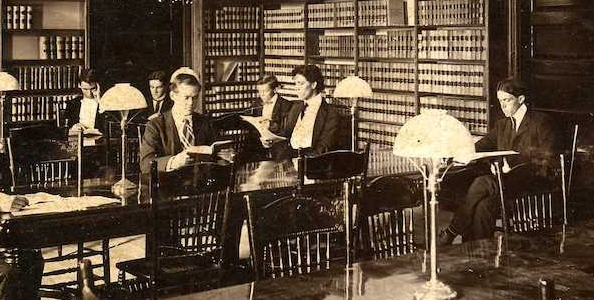 Stetson students study in the library in 1902