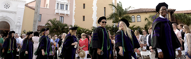 Stetson law graduates into courtyard