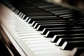 Image of a piano