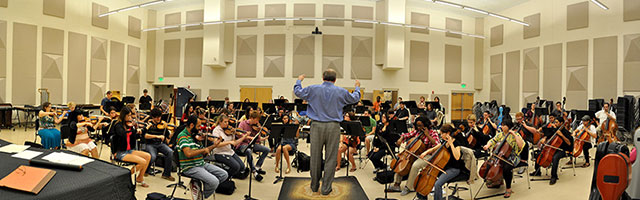 Conductor with Players