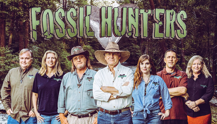 7d64a2fa Explore Florida geology and paleontology with the cast of the Fossil  Hunters television series, which follows the adventures of a group of  amateur ...